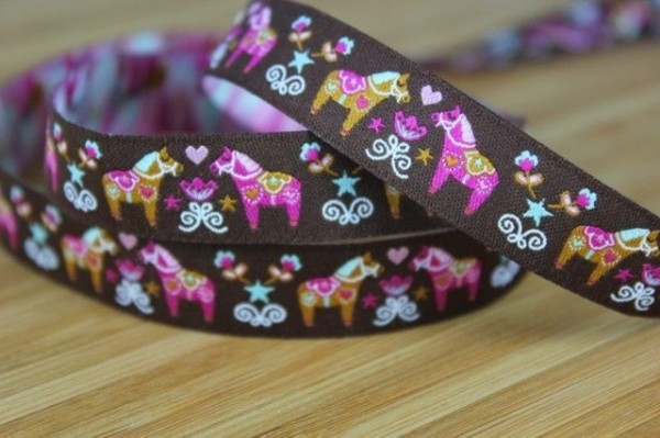 5m roll webbing design by Stoffwelten, 15mm wide, Daladreams chocolate