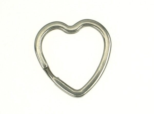 31mm key ring flat made of spring steel - heart-shaped - 10 pieces
